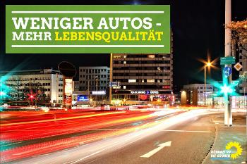 Saarbrücken bei Nacht. Verkehr